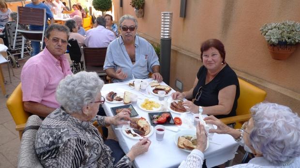 Nos visitó María Bassolas y su hijo Joan