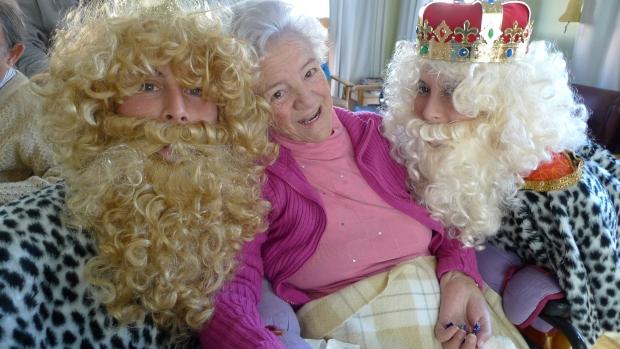 María Amaya disfrutó de la visita de los Reyes, dos días después de cumplir años