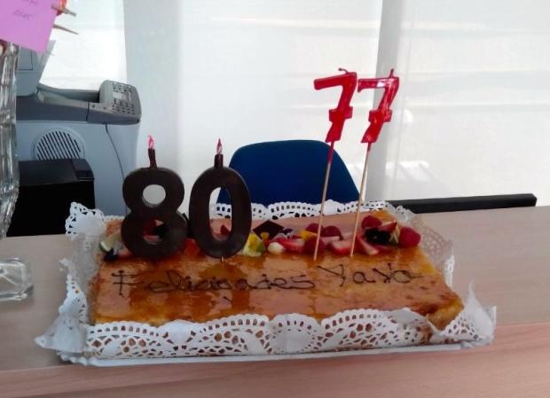 Un error? Un misterio? No!!! Jacinta cumple 77 años mañana día 20 de abril y Pepe y ella lo celebraron conjuntamente.